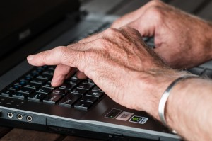 old hands typing